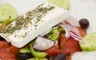 Греческий салат польза