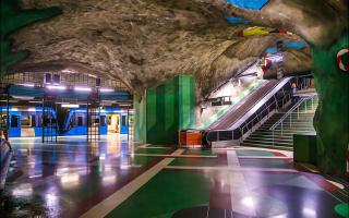 Мне говорили, что метро в Стокгольме красивее, чем в Москве, но я не верил