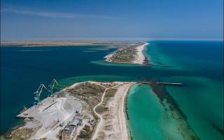 Жесткие фото, во что ласковое теплое море способно превратить бетон и металл