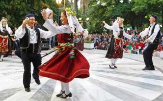 Сиртаки чей национальный танец