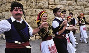 Национальный греческий танец