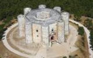 Кастель дель монте италия