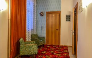 Нашел суровую Советскую гостиницу в Иркутске